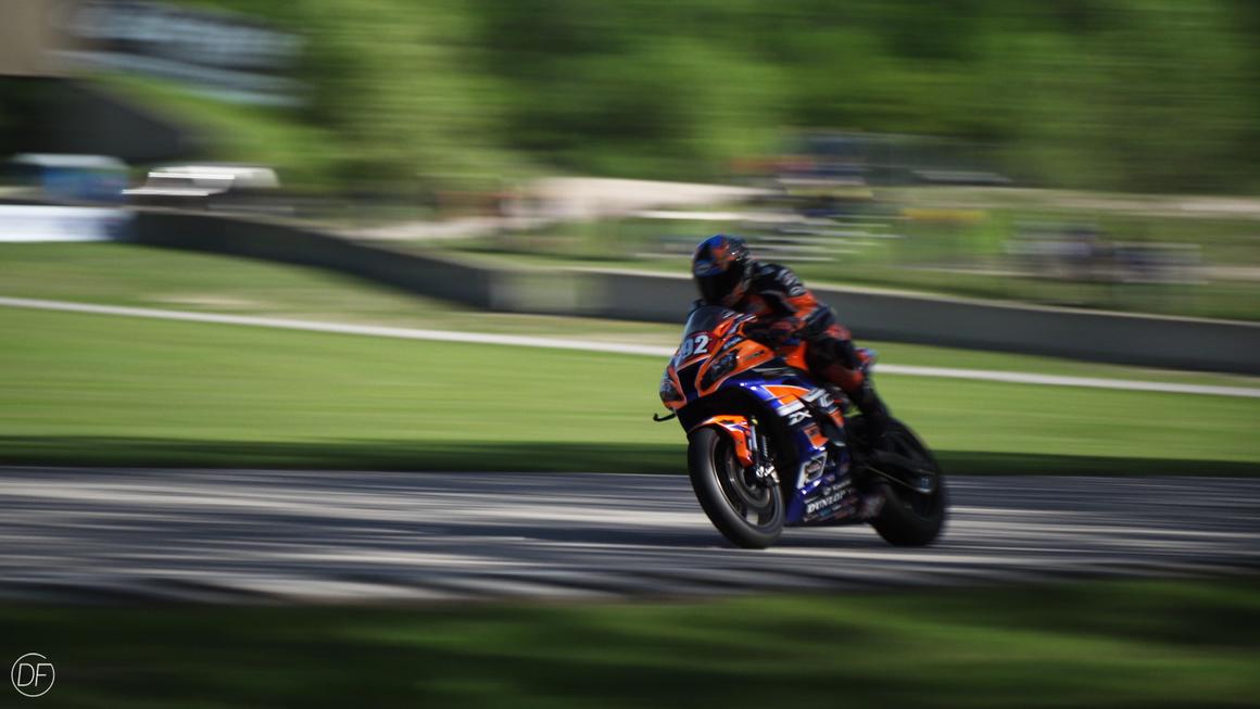 Thumb disrupt racing 02
