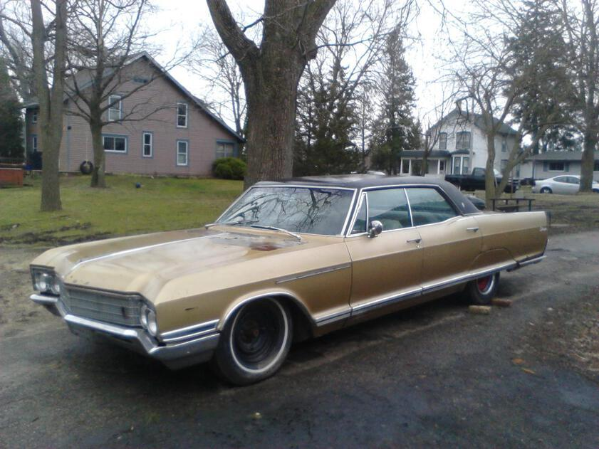 Accompanying image for Looking for parts for my 66 Electra